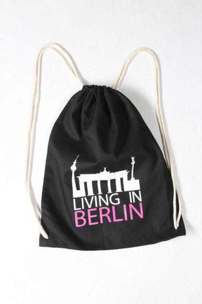 Living in Berlin Sportbeutel Schwarz